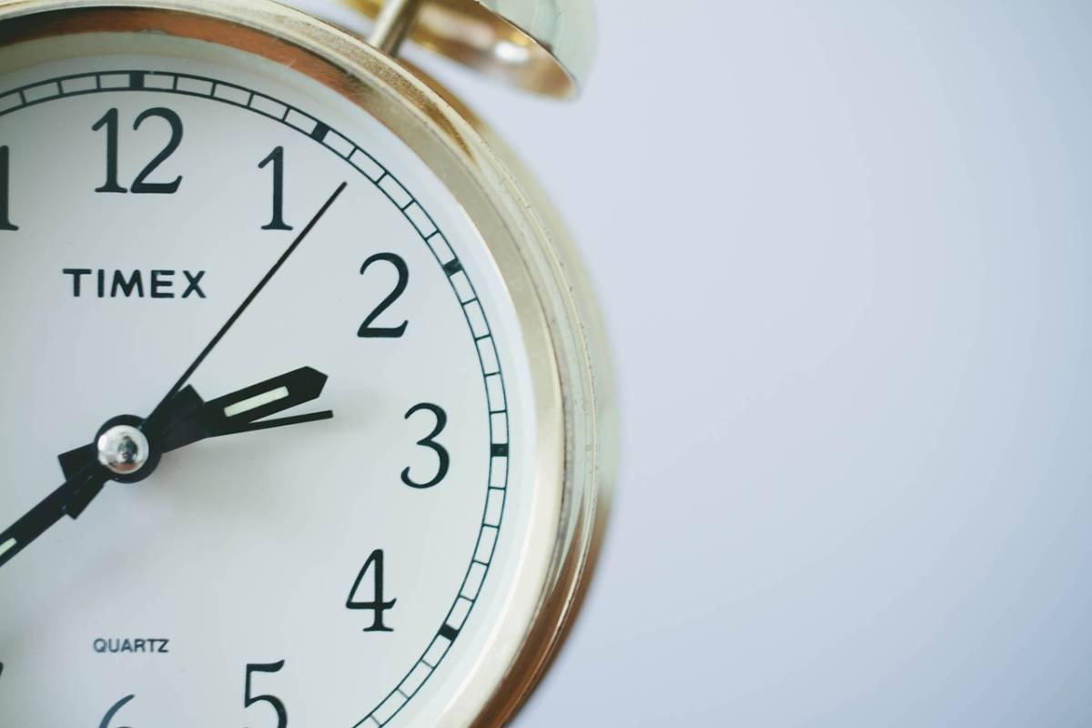¿Cuántas horas es full time en Estados Unidos?